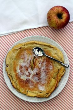 Apple crepe - weight watchers - My CMS Ww Desserts, Healthy Desserts, Healthy Food, Nutella, Apple Crepes, Dessert Weight Watchers, Healthy Omelette, Zone Diet, Sweet And Low