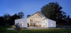 modern-barn-ranch-house-tgha