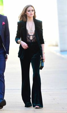 Olivia Palermo in an all velvet green outfit with a black laced deep v top Look Olivia Palermo, Olivia Palermo Outfit, Estilo Olivia Palermo, Olivia Palermo Lookbook, Image Fashion, Look Fashion, Fashion Outfits, Womens Fashion, Fashion Trends