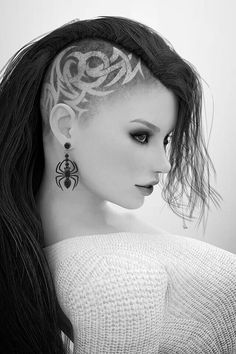 Beautiful #Goth girl hair and side-cut