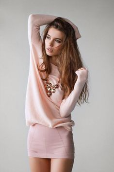 pink sweater, so cute, i would so wear this outfit with my sparkly ugg boots