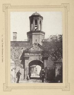 Cape Town--Entrance to Castle. Old Pictures, Old Photos, Cape Town South Africa, National Archives, Most Beautiful Cities, My Land, Historical Pictures, African History, World War I