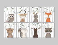 Woodland pépinière estampes ensemble pour une forêt sur le thème chambre d'enfant - forêt mignon animaux décoration pour chambre d'enfants ou de la garderie. Cet adorable décor de huit estampes caractéristiques mignon woodland animal illustrations: hibou cerf lapin ours écureuil orignal
