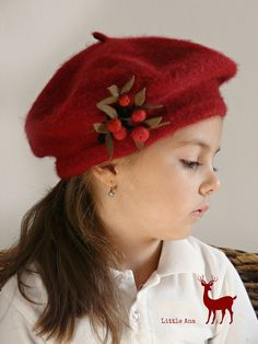 Woman's beret with beautiful brooch, basque, dark red , vintage frech style, one size Beret, Dark Red, November, Punk, Brooch, Trending Outfits, Unique Jewelry, Handmade Gifts, How To Wear