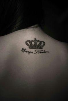 Back crown.elegant tat