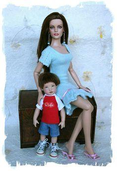 Barbie Kids, Play Barbie, Barbie Dress, Barbie Clothes, Barbie Barbie, Barbies Dolls, Doll Toys, Barbie Happy Family, Really Long Hair