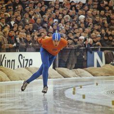 Old scene of speedskating
