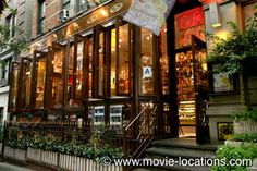 Film locations for You've Got Mail (1998) - You've Got Mail filming location: Kathleen waits to meet 'NY152': Cafe Lalo, West 83rd Street, Upper West Side, New York