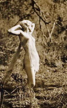 Jean Harlow in Griffith Park, Hollywood, by Edwin Bower Hesser c.1929