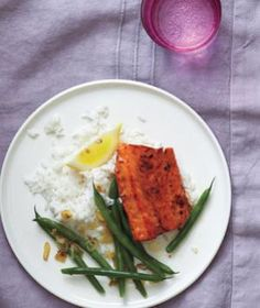 Tonight: Brown Sugar-Glazed Salmon With Green Beans and Shallots   RealSimple.com