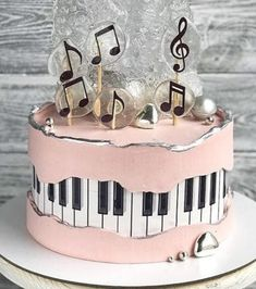 Music Birthday Cakes, Music Themed Cakes, Music Cakes, Sweet Cakes, Cute Cakes, Pretty Cakes, Unique Cakes, Creative Cakes, Bolo Musical