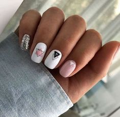 Semi-permanent varnish, false nails, patches: which manicure to choose? - My Nails Pastel Nails, Cute Acrylic Nails, Fun Nails, Gradient Nails, Holographic Nails, Minimalist Nails, Nail Swag, Nail Manicure, Manicures