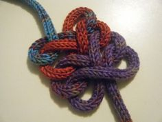 Spool Knitted Knots. Figure-Of-Eight Chain: The figure-of-eight pattern is one of the 12 elementary Celtic knots and is a symbol of eternity and the boundlessness of God.