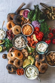Wise Sons Bagel Spread You don't have to be an early riser like me to enjoy a delicious breakfast. Similarly, you don't have to be a breakfast person to enjoy a delicious bagel. Beet Recipes, Brunch Recipes, Healthy Recipes, Healthy Breakfasts, Pickled Beets Recipe, Breakfast Platter, Breakfast Ideas, Breakfast Toast, Best Bagels