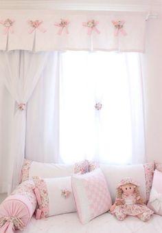 Veja nossa seleção com 50 fotos de cortinas utilizadas em quartos de bebês de forma harmoniosa e elegante.