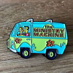 Pin Pics, Hat Pins, Lapel Pins, Pin Collection, Dungeons And Dragons, Best Gifts, Patches, Geek Stuff, Buttons