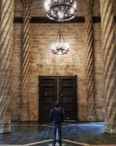 The hall used for the silk trade is pretty impressive to say the least...  #ValenciaChallenge #ValenciaTurisme