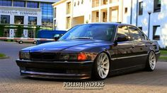 BMW E38 7 series black slammed
