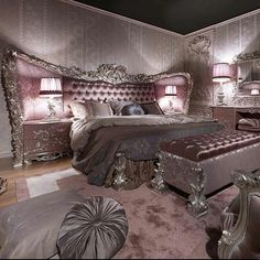 Pink luxuruious bed set up