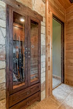 Lometa Ranch — Lake Hills Custom Homes Metal Building Homes, Building A House, Barn Style House Plans, Rustic Houses Exterior, Gun Rooms, Montana Homes, Pole Barn Homes, Metal Buildings, House On Wheels