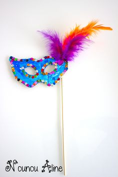 Masques de carnaval The Effective Pictures We Offer You About DIY Carnival mask A quality picture can tell you many things. You can find the most beautiful pictures that can be presented to you about Carnival Tent, Carnival Signs, Carnival Dress, Carnival Prizes, Carnival Makeup, Diy Masquerade Decorations, Carnival Decorations, Carnival Crafts, Diy For Kids