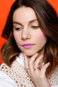 Lipstick Colors to Try For Summer >> radiant orchid lips