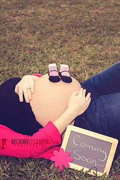 Maternity Photos by Richard Fleming Photography