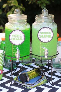 Loving the drinks at this TMNT Cowabirthday! See more party ideas and share your… Loving the drinks at this TMNT. Birthday Party Ideas For Teens 13th, Birthday Party Drinks, Turtle Birthday Parties, Boy Birthday, Tmnt Party Ideas, Zombie Birthday, Happy Birthday, Ninja Party, Ninja Turtle Party