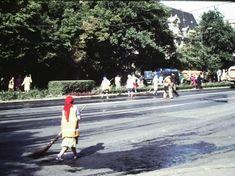 Romania 1984-1986 vazuta din ambasada SUA | Muzeul de Fotografie Bucharest, Eastern Europe, Time Travel, Romania, Street View, Memories, Socialism, Cold War, Country