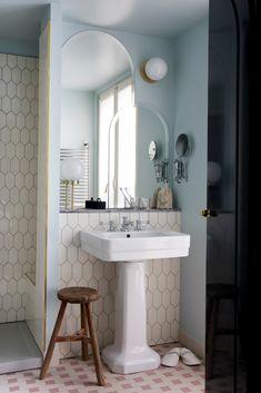 Parisian bathroom inspiration
