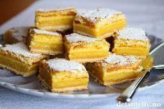 Eplekake i langpanne med vaniljekrem   Det søte liv Lemon Squares, Frisk, Cornbread, Nom Nom, French Toast, Dessert, Baking, Breakfast, Ethnic Recipes