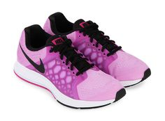 Air Zoom Pegasus by NIKE. Running shoes with a soft midsole and responsive so that not only provide comfort but also improve performance during exercise.  http://www.zocko.com/z/JJ2p6
