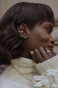 "No Piercing Handmade Ear Cuff Helix Cuff ""Tribal Ball"" 1 Cuff Color Choices - Custom Jewelry Ideas Cute Ear Piercings, Multiple Ear Piercings, Dermal Piercing, Piercing Tattoo, Tongue Piercings, Piercings Rook, Ear Peircings, Tragus, Ear Jewelry"
