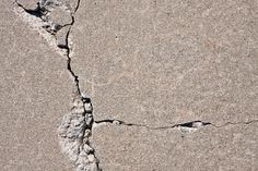 Q: We just bought a new house and we love it, but the driveway has a few cracks and I'd really like to fix them. Is repairing a cracked driveway a do-it-yourself job, or will I need to hire a… Repair Concrete Driveway, Diy Driveway, Concrete Steps, Concrete Driveways, Concrete Projects, Concrete Patio, Stained Concrete Driveway, Walkways, Outdoor Projects