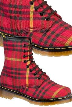 Dr Martens Tyree Boot: great deals now on the tartan doc marten Tartan Shoes, Tartan Plaid, Boat Boots, Shoe Boots, Dr. Martens, Fashion Guys, Tartan Fashion, Scottish Fashion, Grunge