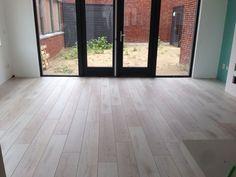 Laminaat vloeren in Den Haag; de beste collecties laminaat vloeren. Interieur Design Magdelijns Den Haag;