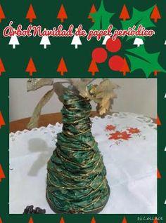 Arbol de Navidad hecho de papel periódico