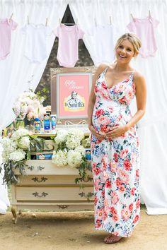 Ali Fedotowsky.. MINKPINK Little Blooms Maxi Dress.. #stylethebump #babyshower Summer Maternity Fashion, Cute Maternity Outfits, Maternity Dresses, Maternity Style, Pregnancy Wardrobe, Pregnancy Outfits, Maternity Wardrobe, Pregnancy Style, Pregnancy Fashion