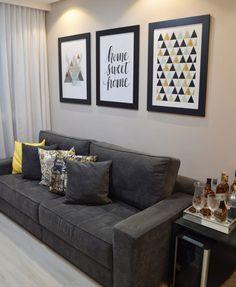 La imagen puede contener: sala de estar, tabla e interior Living Room Decor Cozy, Home Living Room, Interior Design Living Room, Living Room Designs, Bedroom Decor, Home Decor Furniture, Room Colors, Home Decor Inspiration, Decoration