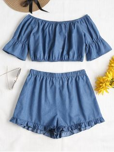 Summer Ruffles Solid Flat Elastic High Off Regular Casual Casual and Going Off Shoulder Ruffles Shorts Set Crop Top Outfits, Cool Outfits, Summer Outfits, Trendy Fashion, Fashion Outfits, Off Shoulder Crop Top, Ruffle Shorts, Two Piece Outfit, Crop Tops