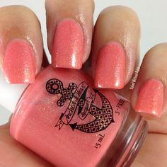 Anchor & Heart Lacquer Kissing at Sunset LE @tarynjshaw