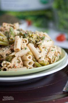 Healthy Chicken and Broccoli Pasta