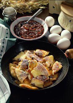 Kaiserschmarrn mit Pflaumensoße, Wiener Süßspeise, Österreichische Spezialität | Mein schönes Land bloggt