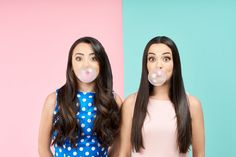The merrell twins can do it all These Girls, Cute Girls, Merrill Twins, Veronica And Vanessa, Veronica Merrell, Vanessa Merrell, Famous Youtubers, Identical Twins, Twin Sisters