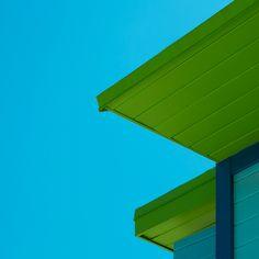 SHAPEGUARD – Miami Rescue Towers By Paolo Pettigiani | iGNANT.com