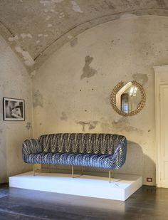 7 Extremely Elegant Sofas