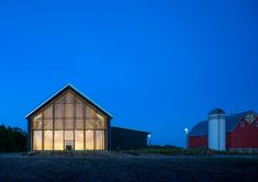 Tashjian Bee and Pollinator Discovery Center - AIA Minnesota Landscaping, Architect Magazine, University Of Minnesota, Red Barns, Architect Design, Portfolio Design, Modern Farmhouse, Discovery, Construction
