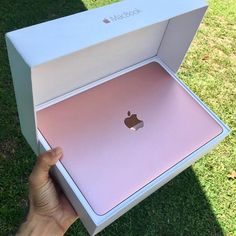 """⚜iSpace Sorocaba  on Instagram: """"???? Apple MacBooks the addition of high performance, are very beautiful and finishing first ???? ✨ Here in iSpace Sorocaba, you will find this ... """"#electronicgadgets"""