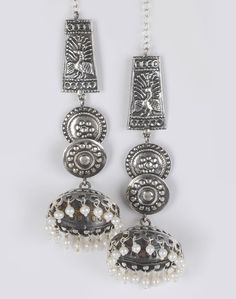 Silver Anusuya ES 974 Earrings. Fabindia.