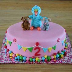 Sesamstraat taart Birthday Cake, Birthday Parties, Cake Tutorial, Elmo, Cake Art, Holland, Fondant, Party Themes, Nova